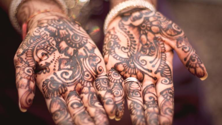 Henna: The Temporary Tattoos From Centuries Ago